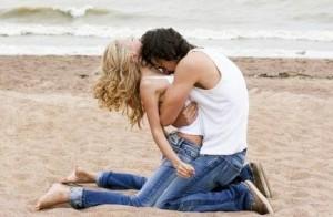 любовь на пляже
