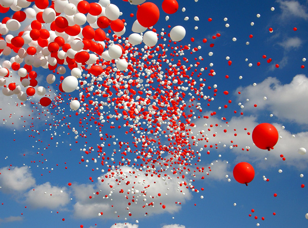 шары в небе