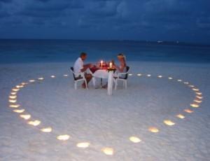 двое романтика пляж