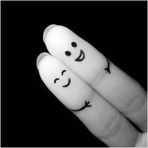 улыбка пальчики вместе