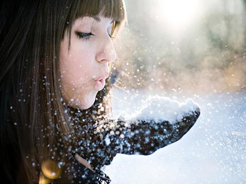 Девушки зимой в miranimashek.com